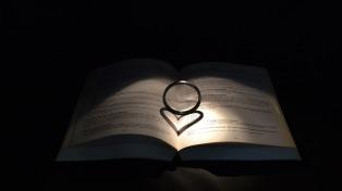 bible-492234_1280