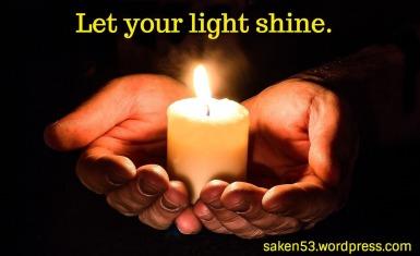 light shinehands-1926414_1280